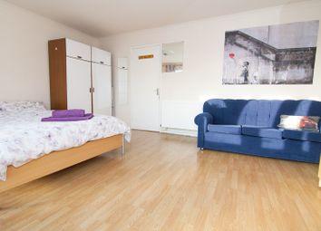 3 bed maisonette to rent in Sandalwood Close, London E1
