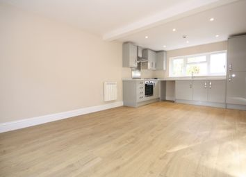 Thumbnail 1 bed flat to rent in New Town, Uckfield