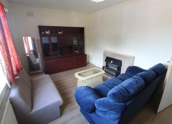 2 bed flat to rent in Warwick Road, Coventry CV3