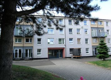 Thumbnail 3 bed flat for sale in Hallside Place, Oatlands, Glasgow
