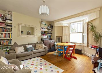 Thumbnail 2 bed flat to rent in Brooke Road, Stoke Newington