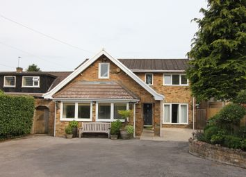 Thumbnail 5 bed detached house to rent in Chalfont Road, Seer Green, Beaconsfield