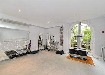 Thumbnail 4 bed town house for sale in Fulham Road, London