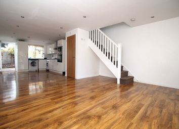 3 bed semi-detached house to rent in Elm Road, Dartford DA1