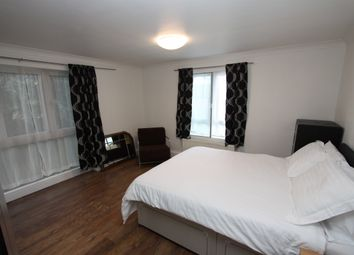 Thumbnail 2 bed flat to rent in Lakeside Lodge, Bridge Lane, London