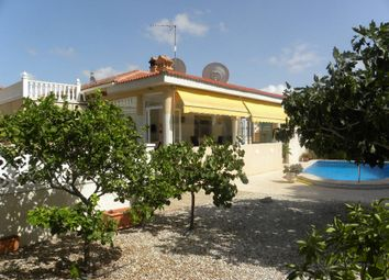 Thumbnail 4 bed villa for sale in Valencia, Alicante, Pinar De Campoverde
