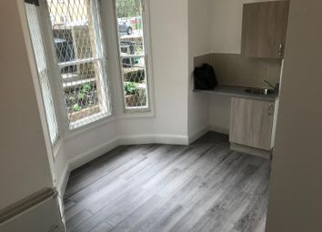 Thumbnail Studio to rent in Downs Park Road, London, Hackney
