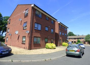 1 bed flat to rent in Kimberley Close, Langley, Berkshire SL3