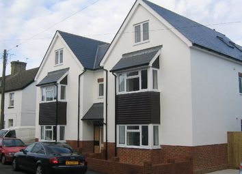 Thumbnail 2 bed flat to rent in New Street, Crawley