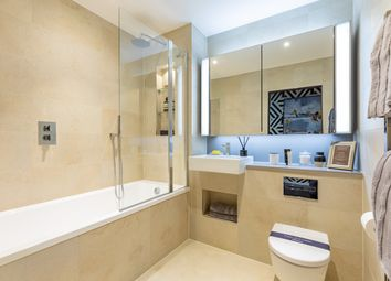 2 bed flat for sale in Ponton Road, London SW8