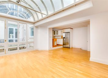 3 bed maisonette to rent in Eaton Place, London SW1X