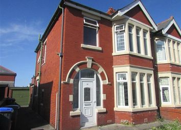 1 bed flat to rent in St Martins Road, Blackpool FY4