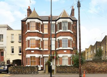 Thumbnail 2 bed flat to rent in Englefield Road, De Beauvoir Town
