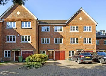 Thumbnail 5 bed town house to rent in St. Andrews Drive, St.Albans