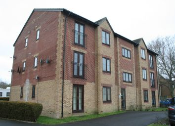 Thumbnail 1 bed flat to rent in Cheltenham Gardens, Hedge End, Southampton