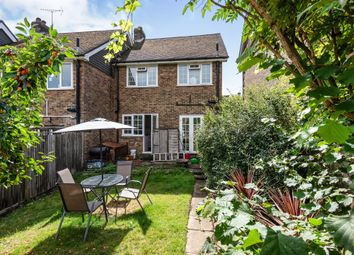 Rufus Close, Lewes BN7. 3 bed semi-detached house