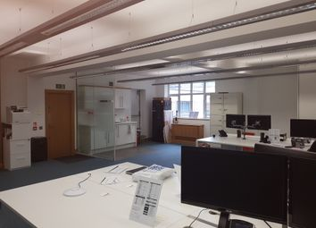 Office to let in Houndsditch, London EC3A