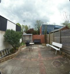 Thumbnail 1 bed flat to rent in Bell Street, Maidenhead, Berkshire