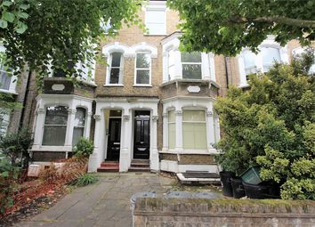 Thumbnail 3 bed flat to rent in Hanley Road, Stroud Green