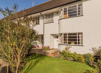 Thumbnail 6 bed property for sale in Kingsley Close, Hampstead Garden Suburb