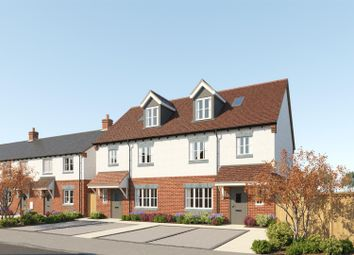 Thumbnail 4 bed town house for sale in Upper Bourne End Lane, Hemel Hempstead