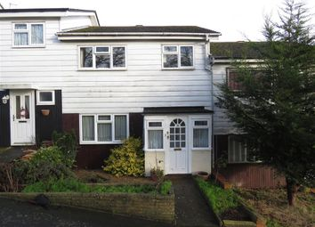 Thumbnail 3 bed property to rent in Sempill Road, Hemel Hempstead