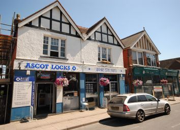 Thumbnail 1 bed flat to rent in High Street, Sunninghill, Ascot