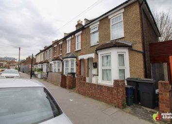 Thumbnail 1 bedroom flat for sale in Howley Road, Croydon