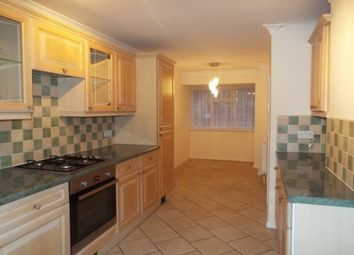Thumbnail 3 bed property to rent in Copdoek, Basildon