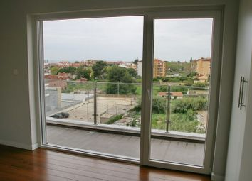Thumbnail 4 bed apartment for sale in Parede, Lisbon, Portugal