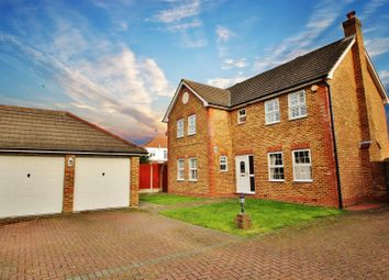 Thumbnail 4 bed detached house to rent in Ferndale Close, Bexleyheath