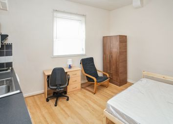 Thumbnail Studio to rent in Autumn Place, Hyde Park, Leeds
