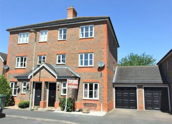 Thumbnail 4 bedroom town house for sale in Bowmont Water, Didcot