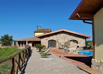 Thumbnail Farmhouse for sale in Ficulle, Ficulle, Terni, Umbria, Italy