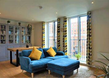 2 bed flat for sale in Murray's Mills, Manchester M4