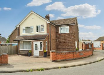 Thumbnail 4 bed detached house for sale in Windsor Close, Oadby, Leicester