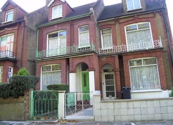 Thumbnail Studio to rent in Willoughby Road, Turnpike Lane