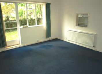 Thumbnail 2 bedroom maisonette to rent in Cromwell Close, East Finchley