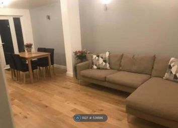 Room to rent in Queenswood Avenue, Thornton Heath CR7