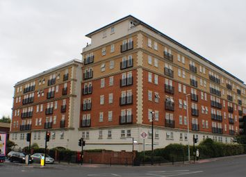 Pembroke Road, Ruislip HA4. 2 bed flat