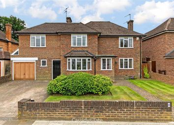 Thumbnail 5 bed detached house for sale in Gainsborough Avenue, St Albans, Hertfordshire