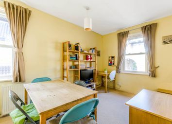 Thumbnail 1 bed flat for sale in Raynor Place, Islington
