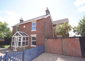 Thumbnail 3 bed detached house to rent in Admirals Road, Locks Heath, Southampton