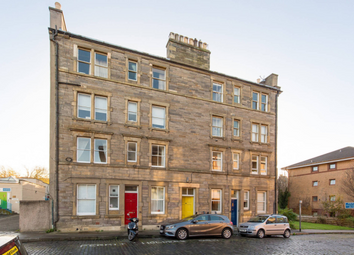 Thumbnail 1 bedroom flat to rent in 28 Heriothill Terrace, New Town