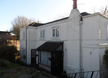 Thumbnail 2 bed cottage to rent in Gosport Road, Fareham