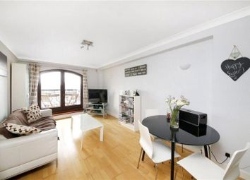 Thumbnail 1 bed flat for sale in Wapping, London