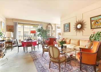 Thumbnail 4 bed apartment for sale in Rue Saint-James, 92200 Neuilly-Sur-Seine, France