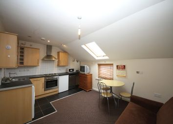 Thumbnail 1 bedroom flat to rent in Bedford Road - Flat 3, Reading