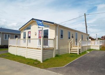 Thumbnail 2 bedroom mobile/park home for sale in Alberta Holiday Park, Faversham Road, Seasalter, Whitstable