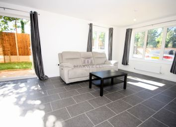 Thumbnail 1 bed flat to rent in 21 Kenyon Way, Langley, Slough SL3,